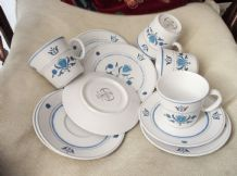 4 x VINTAGE RETRO LOOK NORITAKE BLUE HAVEN PROGRESSION TRIOS CUPS SAUCERS PLATES
